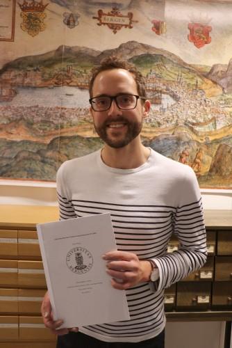 """Historiker Birger Berge leverte våren 2016 sin masteroppgave """"Attråverdige fellesskap? Familieforståing i homorørsla 1973-2008""""."""