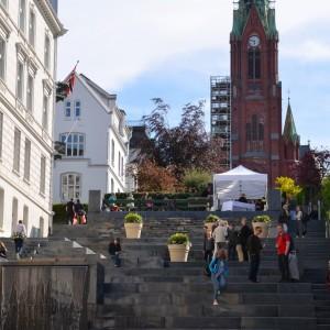 Johanneskirketrappen i Bergen, hvor Regnbueplassen nå skal etableres. Foto: Bergen Kommune