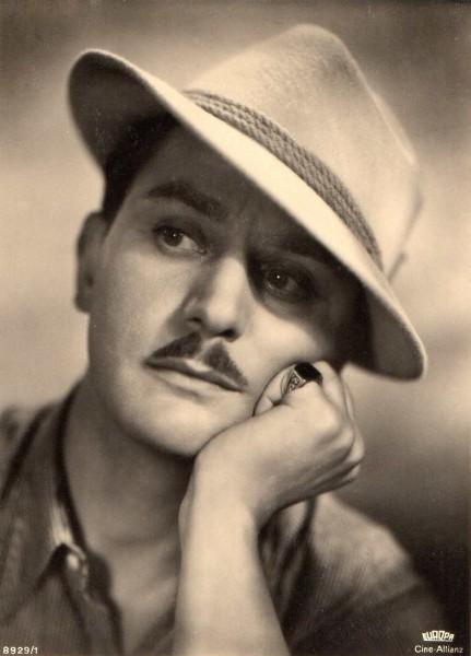 Adolf Wohlbrück fotografert rundt 1930. Foto: Ross forlag, Berlin