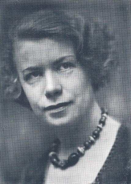 Portrait, Edith Øberg. From Aschehoug's Norsk Kvinnelitteraturhistorie, vol 2.