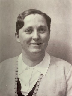 Laura Thoma Madeleine Marti.