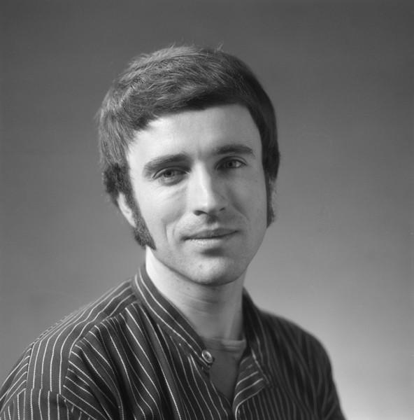 Tormod Haugen. Foto: Leif Ørnelund 1975 (Oslo museum CC-BY-SA http://www.oslobilder.no/OMU/OB.%C3%9875/0864)