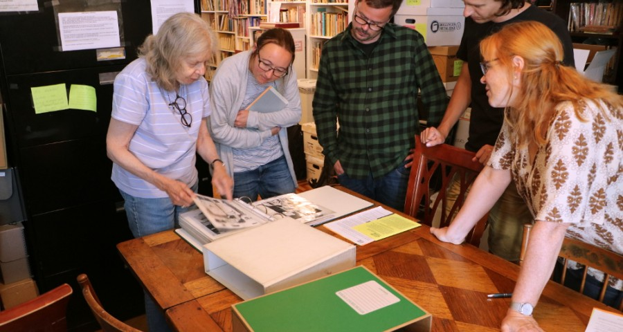 Skeivt arkiv are shown around Lesbian Herstory Archives by veteran activist and archivist Maxine Wolfe