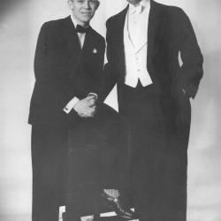Axel (t.h.) og Eigil Axgil - forlovelse 1950. Samling Raimund Wolfert, Berlin.