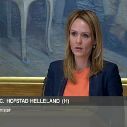 Kulturminister Linda C. Hofstad Helleland under debatten i Stortinget 21.01.2016.