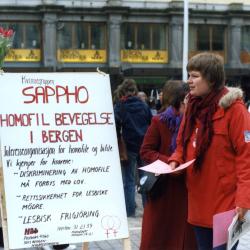 Stand for Kvinnegruppen Sappho under Homofil Bevegelse i Bergen. Foto: Homofil Bevegelse i Bergens fotoarkiv, Skeivt arkiv